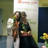 2011: Mut zum weiblichen Weg